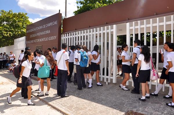 Estudiantes de la ermilo sandoval campos campeche 9