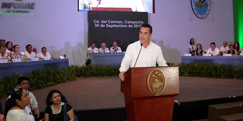 FOTO 1-A-1-- El gobernador del Estado, Rafael Alejandro Moreno Cárdenas