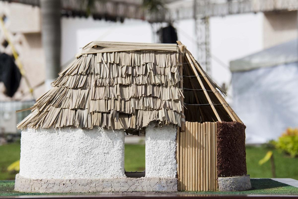 Construcci n de casa maya causa pol mica tribuna campeche - Construccion de casa ...