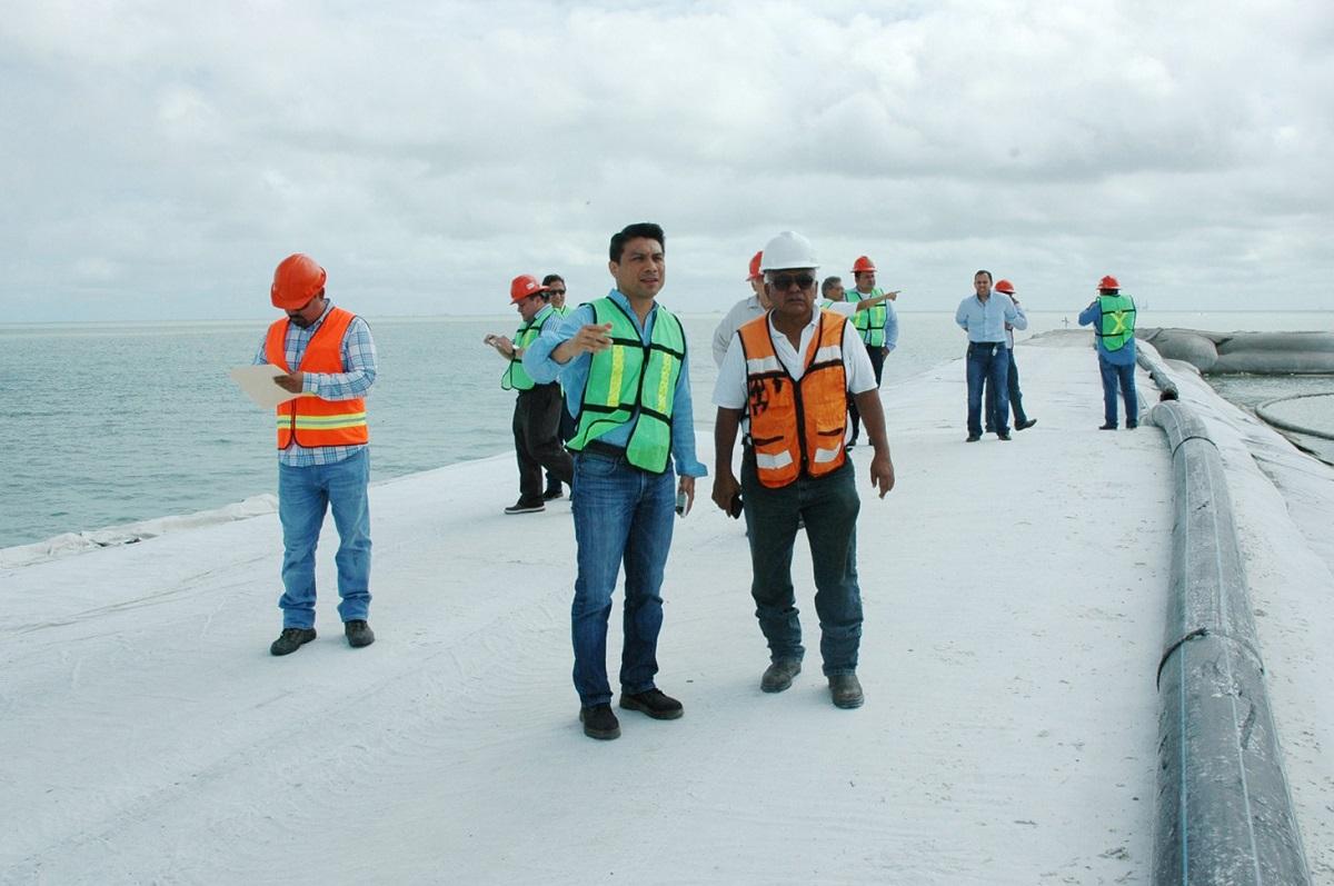Supervisan trabajos en el puerto isla del carmen tribuna campeche - Trabajo en el puerto ...