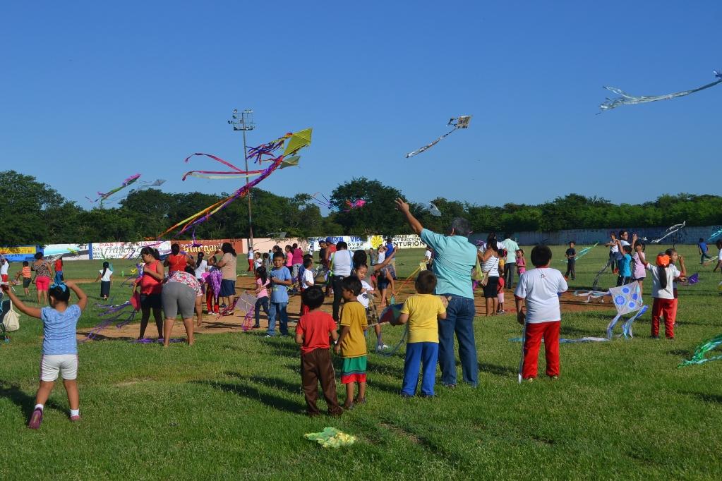 Disfrutan Ninos De Juegos Tradicionales Tribuna Campeche