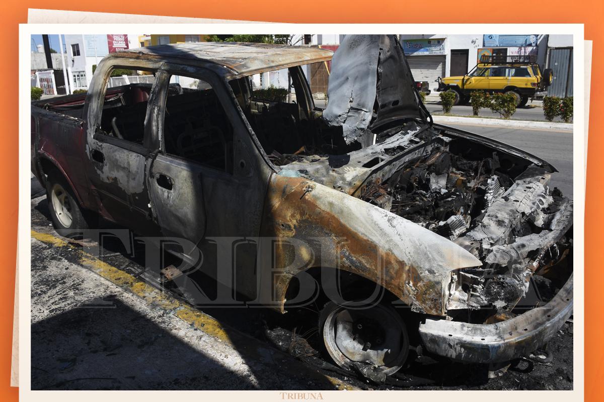 Incendian camioneta del Potoco en San Francisco - Tribuna Campeche